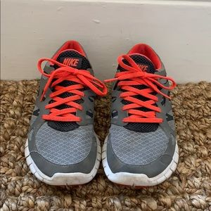 Nike Free Run 2 Sneaker